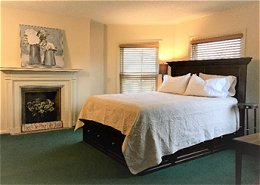 Bradford Flatiron Airbnb - Bradford, PA